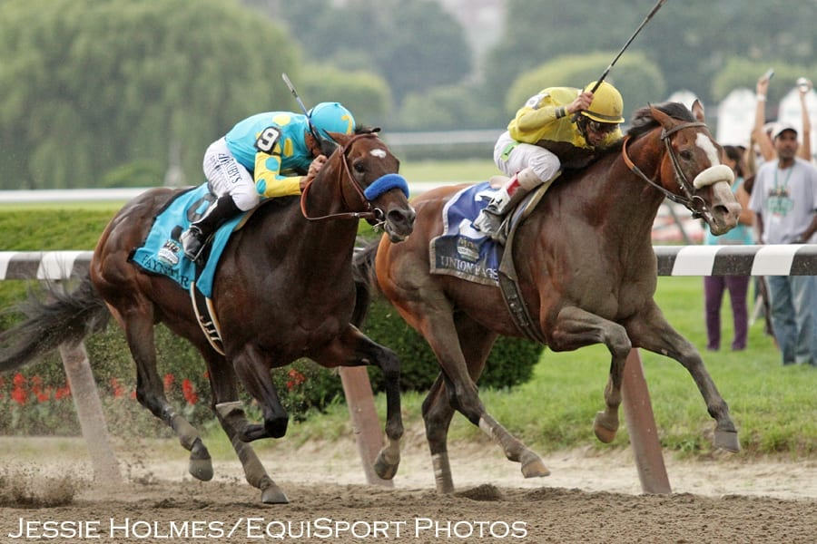 Union Rags holds off Paynter to win the 2012 Belmont Stakes