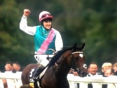 Frankel wins Champion Stakes