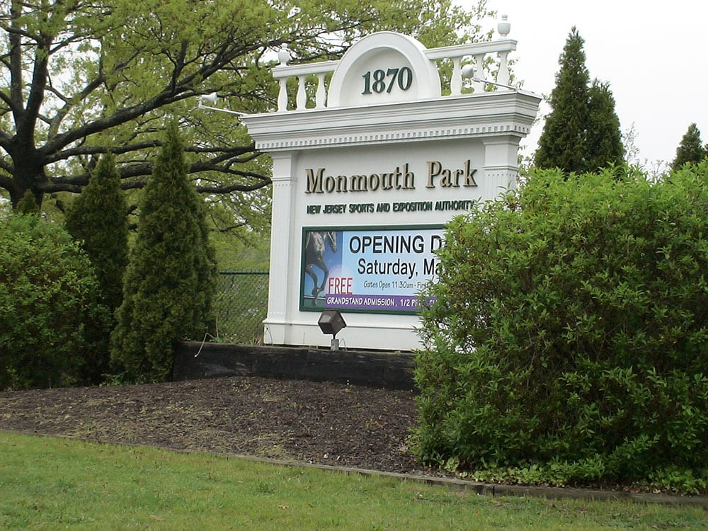 Monmouth Park in driver's seat to host 2013 Breeders' Cup