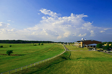 Kentucky Downs or Churchill Downs: Who Gets Edge in Race
