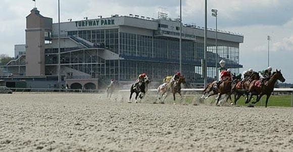 Racing at Turfway Park