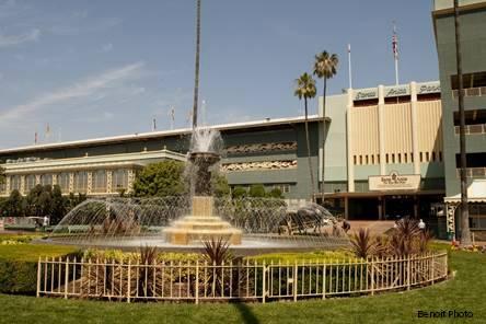 Attendance Up Betting Down At Santa Anita Opener Horse
