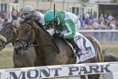 Artemis Agrotera charges to victory in Frizette Stakes