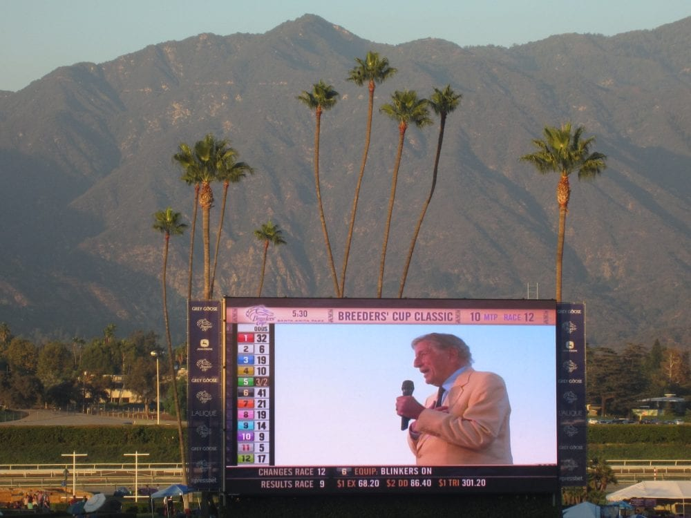 "Tony Bennett sings ""The Best is Yet to Come"" at 2012 Breeders' Cup"