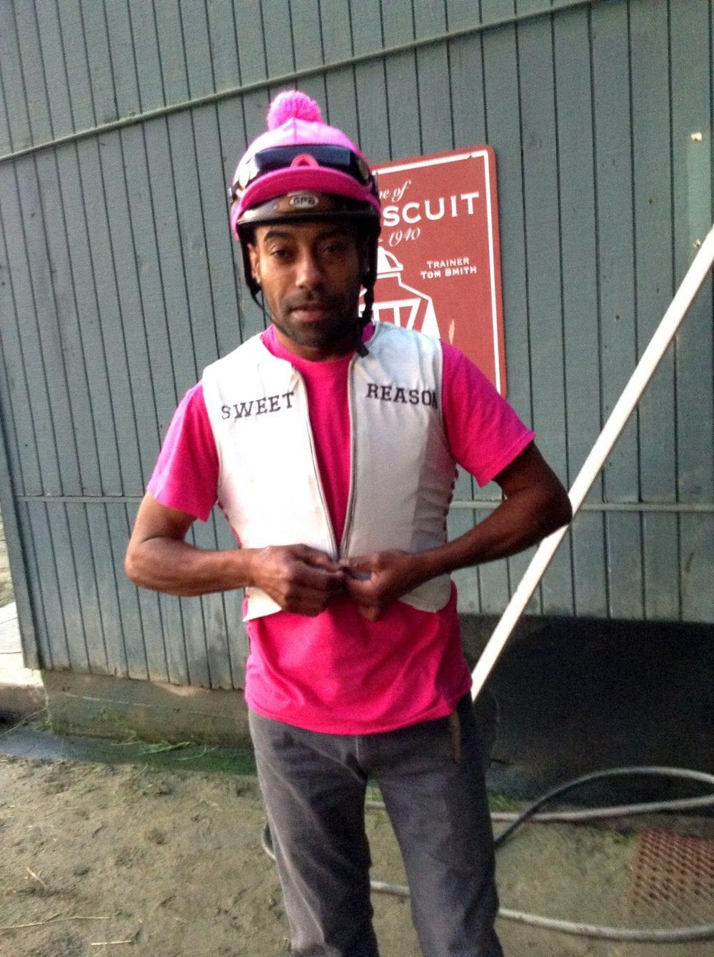 NYTHA Offering Exercise Riders $125 Each For Safer Helmet