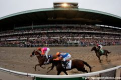 The New York Racing Association has handled massive crowds for the Belmont Stakes at Belmont Park in June but has not hosted a Breeders' Cup since 2005