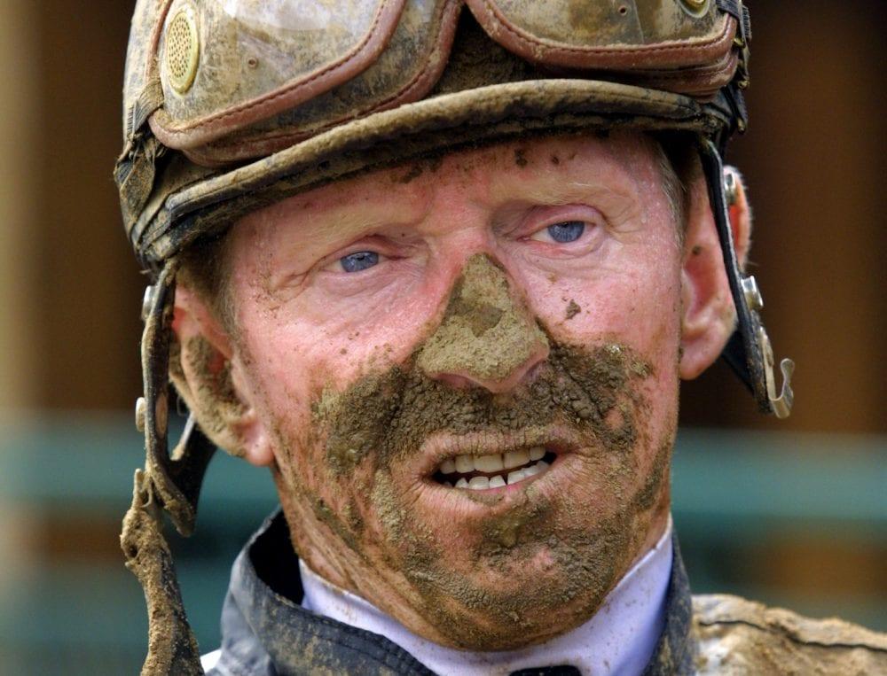 Veteran jockey Perry Ouzts rode his 6,600th winner Saturday at Belterra Park