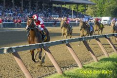 Songbird on her way to winning the G1 Alabama Stakes