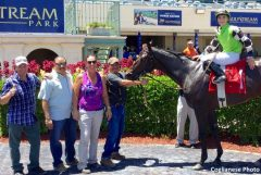 Allan Hunter with former Marcus Vitali-trained runner Jive Daddy, owned by Crossed Sabres Farm and Mary Beth Reis, after Aug. 20 maiden claiming victory