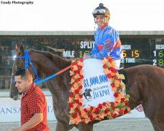 Javier Castellano celebrates Gunnevera's victory in the Delta Downs Jackpot