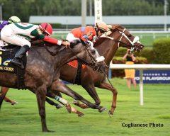 Marabea wins the Claiming Crown Tiara