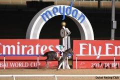 Arrogate wins the Dubai World Cup by 2 1/4 lengths over Gun Runner