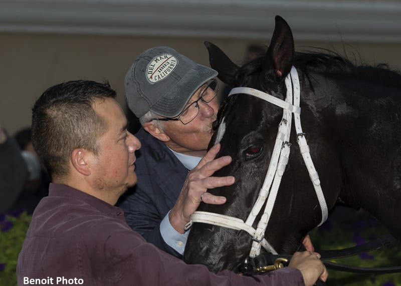 Daddy Is A Legend Flies Late For Jimmy Durante Win Horse